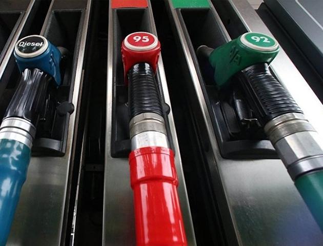 Цены набензин в областях Российской Федерации увеличились до50 руб.